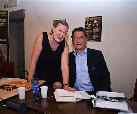 La Presidente del Premio con il premiato Claudio Magris